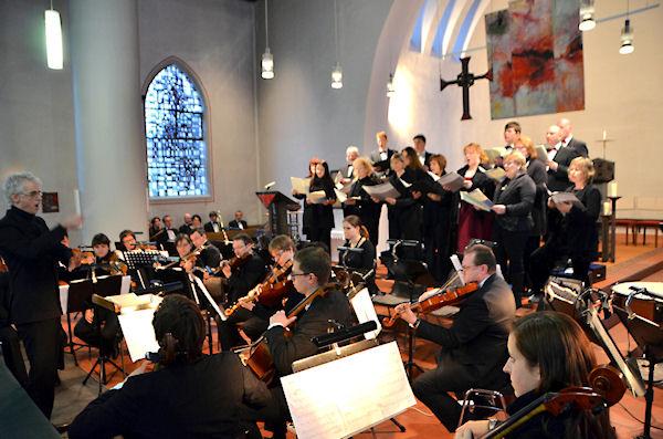 Confido Vocale und Camarata in der Kirche St. Marien